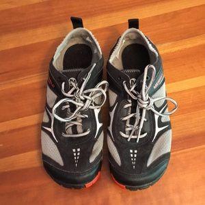 Merrell Dash Glove Women's Shoe